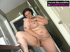 BBW jogging does some pussy sport